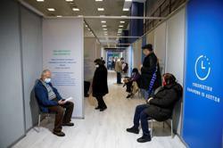 Majority of Greeks trust COVID vaccines despite protests - poll