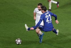 Soccer-Carvajal signs new Real Madrid deal until 2025