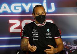 Motor racing-Hamilton stands his ground on Verstappen move