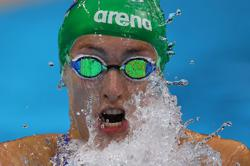 Olympics-Swimming-Schoenmaker takes gold for South Africa with world record