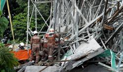 Worker killed, four others injured in scaffolding collapse at LRT3 construction site in Klang
