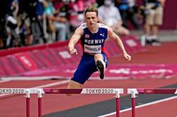 Olympics-Athletics-Warholm, Benjamin stay on track for 400m hurdles showdown