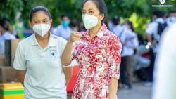 Cambodian PM creates team in search of medicines, devices for Covid fight