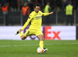 Soccer-Villarreal's Parejo set to miss Chelsea Super Cup clash