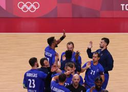 Olympics-Handball-France, Denmark stay unbeaten, Egypt reach quarter-finals