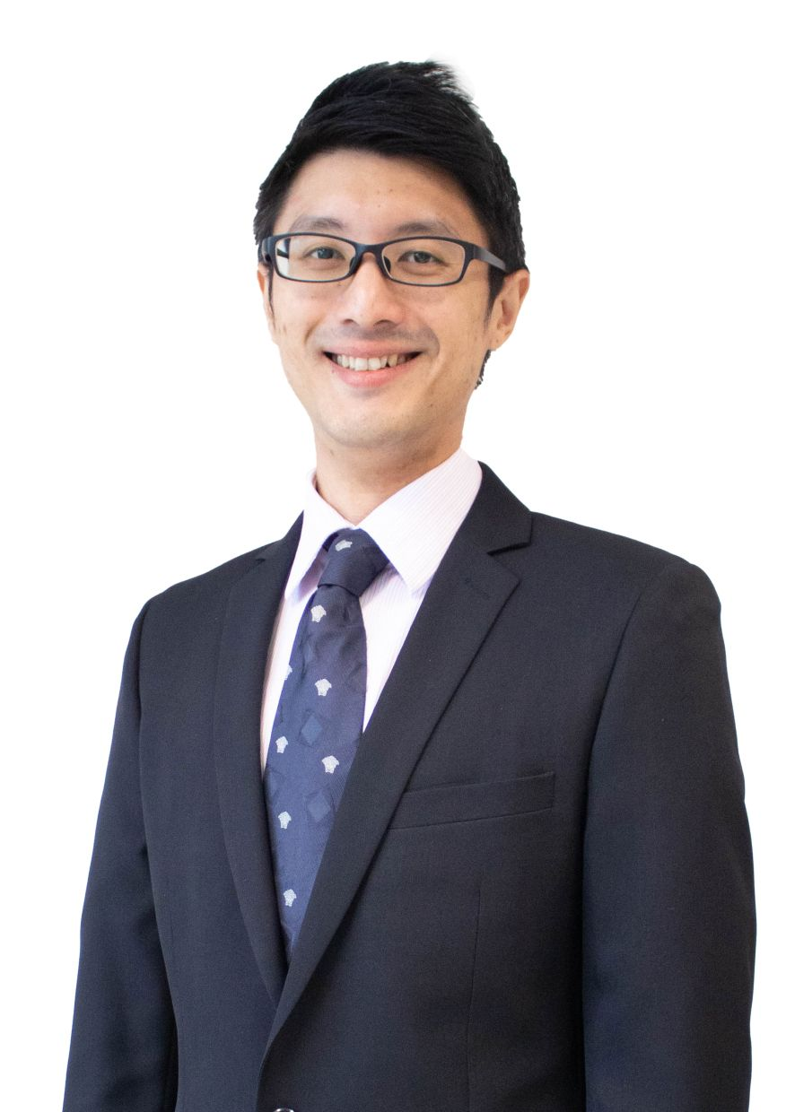 Dr Ng heads the team specialising in cardiac electrophysiology.