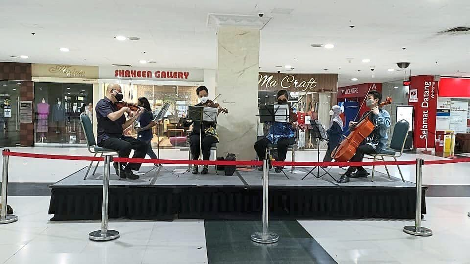 National Symphony Orchestra musicians playing a set of classics and pop tunes at the WTC KL PPV recently. They are (from left): Yip Siew Keen (violin), Helena Ong Hay Ling (violin), Chong Kwee May (viola) and Lian Phooi Wooi (cello). Photo: NSO