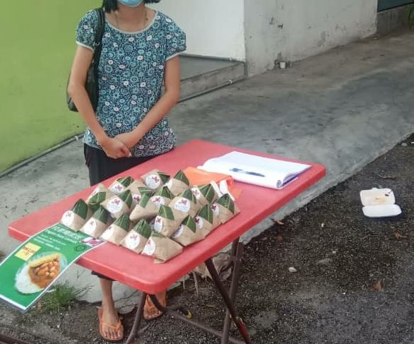 To date, Ng has helped nearly 20 families with her nasi lemak scheme.