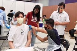 Over 1,000 in Kajang get first dose under Selvax plan