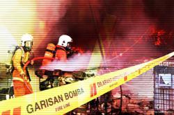 Fire destroys eight shophouses in Johor