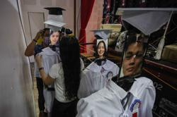 Philippines risk 'permanent scarring' of kids' futures amid remote learning failure