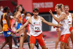 Olympics-Athletics-Poland win first 4x400m mixed relay gold