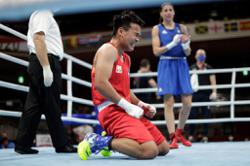 For flag, father, late best friend: Philippines' boxing queen Petecio gives it all as Olympic gold awaits her in Tokyo