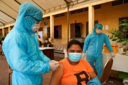 Cambodia to mix vaccines as booster shots to fight COVID