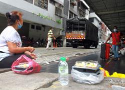 Urgent need to regulate food aid