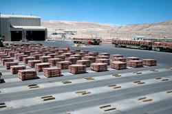 Top copper mine in Chile brought closer to strike