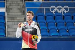 Germany's Zverev wins, Czech women's pair bag gold
