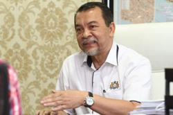 Fully-vaccinated Johor exco member tests positive for Covid-19