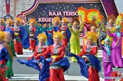 Brunei capital Bandar Seri Begawan abuzz with meet-and-greet ceremony to celebrate royal birthday