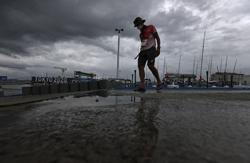 Olympics-Sailing-Britons bag two golds, Brazil win women's 49er FX