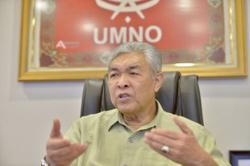 Efforts to convince Zahid to support Muhyiddin underway ahead of Umno emergency supreme council meeting, says Zahidi