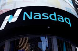 GLOBAL MARKETS-'Tug of war' as investors digest mixed market messages