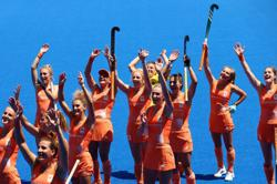 Olympics-Hockey-Argentina beat India to face Netherlands in women's final