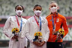 Olympics-Athletics-'Iron sharpens iron': McLaughlin, Muhammad hurdle to new heights