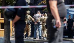 Ukrainian police detain man who threatened to detonate grenade in govt building