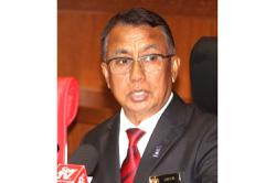 Umno's deputy minister Ismail Abd Muttalid expresses support for Muhyiddin