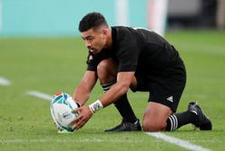 Rugby-All Black Mo'unga at flyhalf, Frizell dropped for Australia test