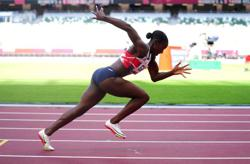 Olympics-Athletics-Britain set the pace in women's 4x100m relay