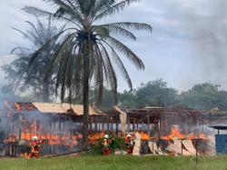 Row of GOF barracks in Sibu razed by fire
