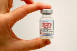 Moderna says its Covid-19 shot remains 93% effective 4-6 months after second dose