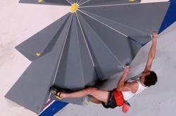 Olympics-Climbing-All eyes on women's bouldering after men's headscratcher