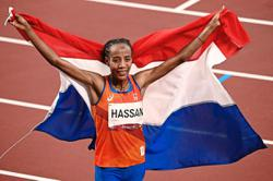 Hassan captures 10,000m for third Tokyo medal