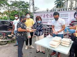 Food basket programme helps Wangsa Maju residents