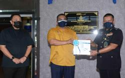 Kedah police receive drones, air-conditioners from state gov't