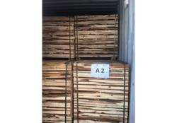 Johor Maqis seizes more than 32 tonnes of acacia wood planks from Vietnam