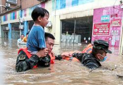 Deadly rain lashes Hubei