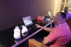 Cops nab eight men in Dang Wangi online gambling raid