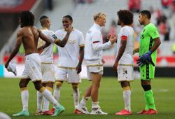 Nice thrash champions Lille as Galtier wins on return to former club