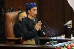 Indonesian President Joko Widodo pledges more aid to those affected by Covid-19