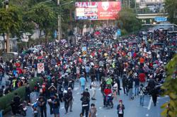 Clashes in Thailand as pressure builds on Prime Minister Prayut over coronavirus crisis