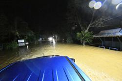 Flood in Yan: 14 Covid-19 patients among those evacuated