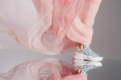 If Cinderella had met her Prince Charming in 2021, she'd be wearing... sneakers