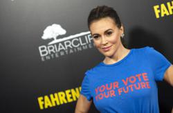 Alyssa Milano in car crash after driver uncle suffers heart attack