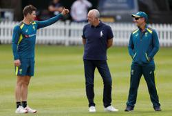Cricket-Paine backs Langer as Australia coach after 'robust' discussions