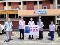 Penang MCA donates 20 oxygen concentrators to Bukit Mertajam Hospital
