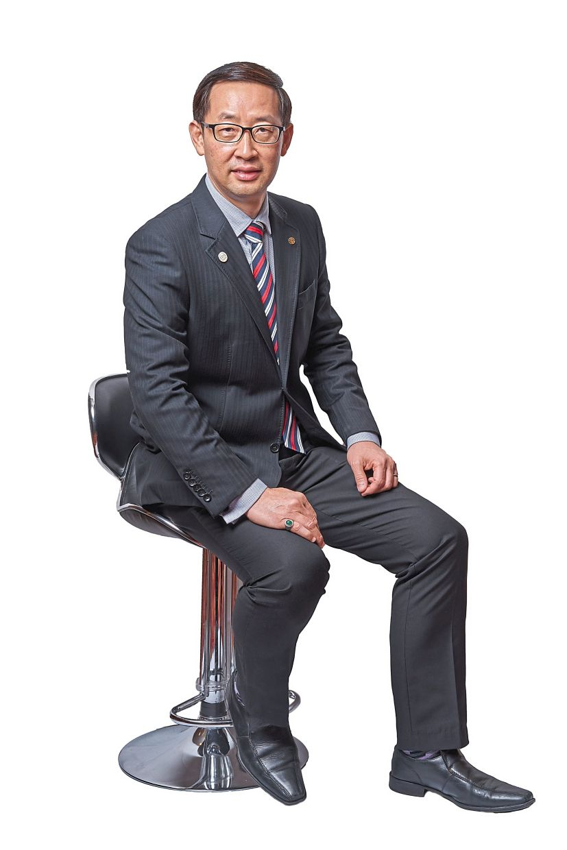 Associate General Treasurer of the Chinese Chambers of Commerce and Industry of Malaysia and Chairman of the SME Committee Koong Lin Loong